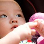 赤ちゃんがいる家庭でゴキブリが出たら安全を考えて慎重に対処!